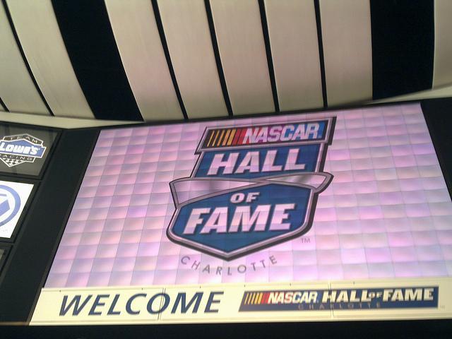 Logo+from+the+NASCAR+Hall+of+Fame+%0D%0ACourtesy+of+yXeLLE%7E%40rtBrut%7E