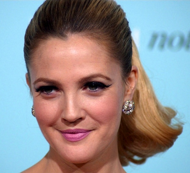 Drew Barrymore, Photo courtesy of http://commons.wikimedia.org/wiki/File:DrewBarrymoreFeb09.jpg
