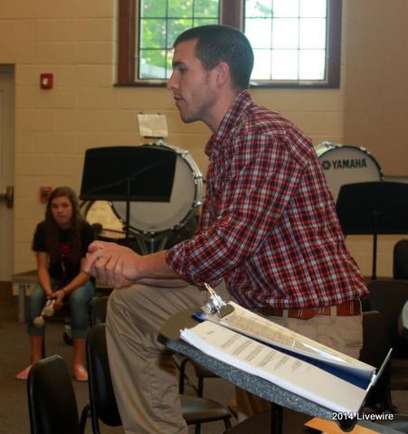 Seventh, eighth graders prepare for drum line next year