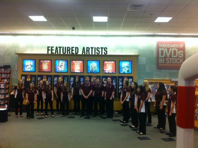 Students+of+the+vocal+ensemble+sing+at+Barnes+and+Noble+during+Educators+week.+++