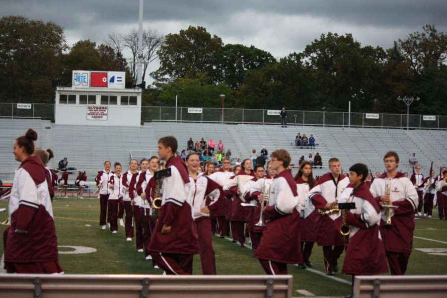 Step, step, turn!  The Varsity marching band was leaving the field after pregame.  Their performance was around fifteen minutes.