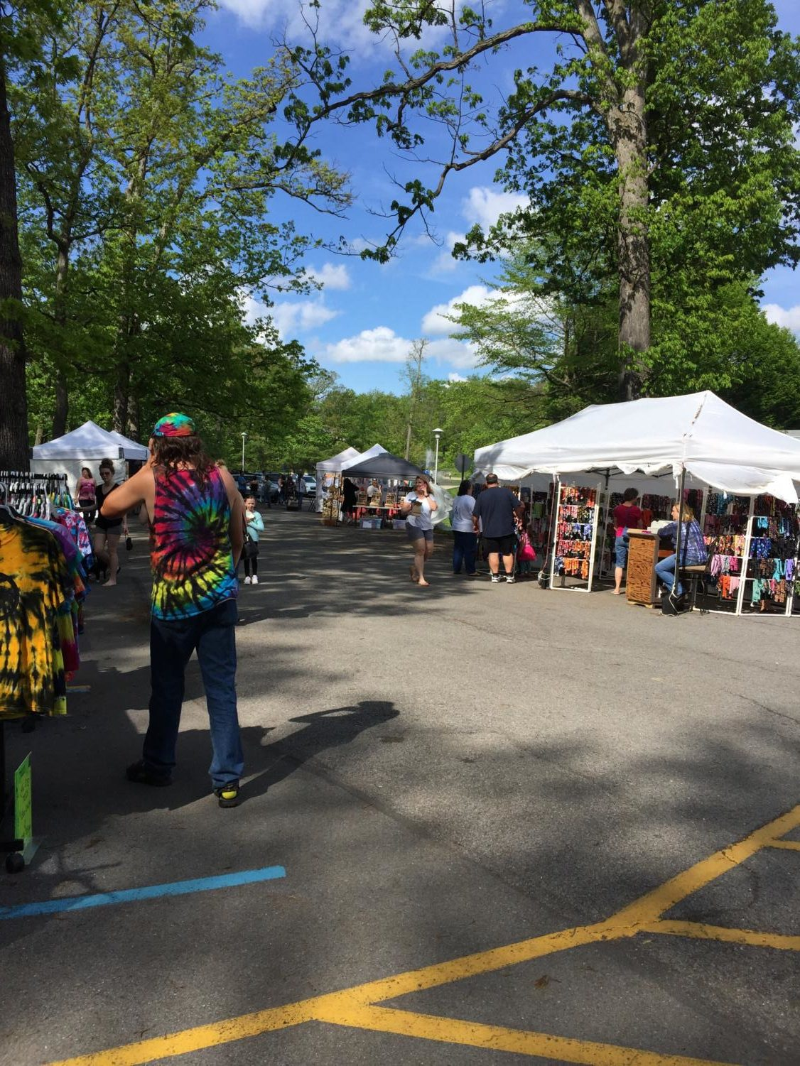 Let's walk around! On Sunday, May 20, the 2018 Arts Festival was held at Penn State Altoona.