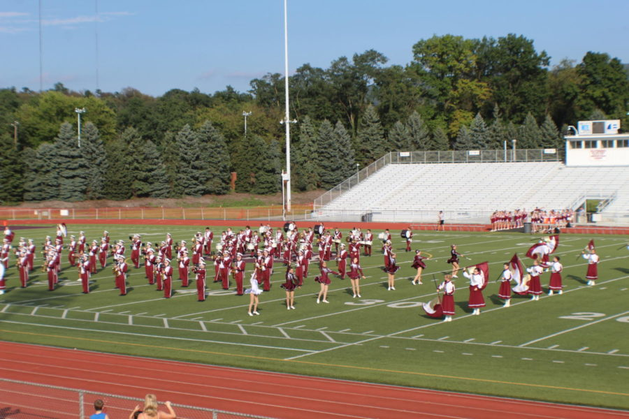 Lets get rowdy! The band warms up the audience with an opening performance.  They followed the performance up with the school alma mater.