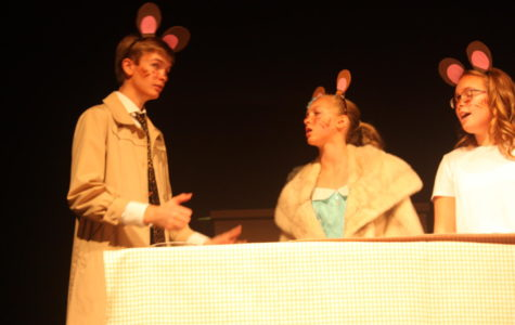 Drama club presents Goldilocks on Trial
