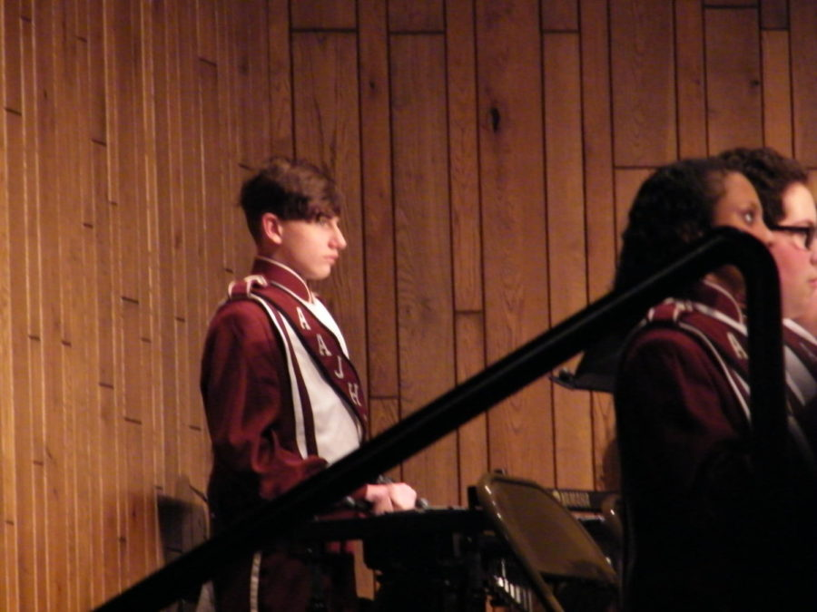 Encato%21+%0ANinth+grader+Connor+George+plays+the+Glockenspiel+to+the+first+song+of+their+performance.+He+plays+many+different+instruments+in+percussion.